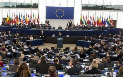 Според ЕП ЕС трябва да е готов да наложи още санкции на Русия