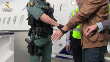 България задържала един от най-издирваните испански наркотрафиканти (снимки)