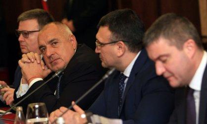 Борисов обеща контрабандата на горива да постигне спада при цигарите