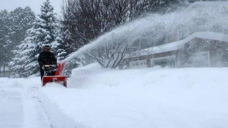 Зимната буря, преминала през Невада и Калифорния, връхлетя Аризона