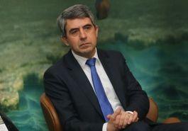 Плевнелиев: Радев обслужва интересите на Русия