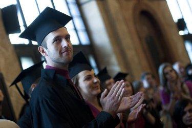 Част от държавните университети искат поскъпване на обучението