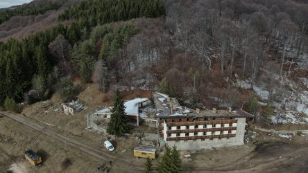 Парламентът одобри продажбата на три атрактивни имота на ВМЗ Сопот