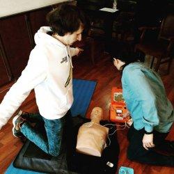 Близо 300 педагози от Благоевградско минаха курс по първа помощ