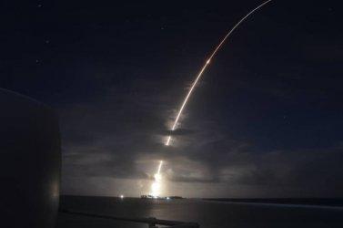 Пентагонът тества унищожаване на интерконтинентална балистична ракета
