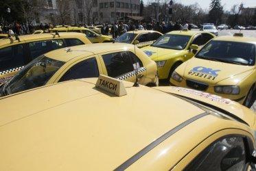 Протести на медицински сестри и таксиметрови шофьори в четвъртък