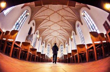 Основните църкви в Германия ще загубят голяма част от членовете и доходите си