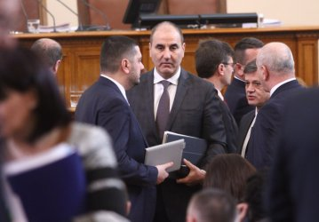 Tsvetanov later in the Parliament - as supporter of GERB