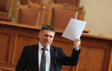 Кирилов пише правила за освобождаване на тримата големи в съдебната власт