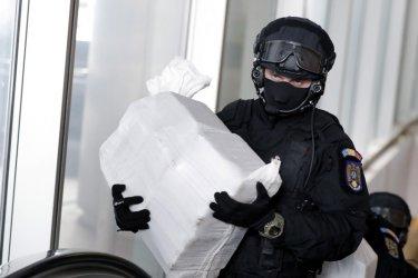 Чували със 169 кг кокаин открити в морето край Шабла