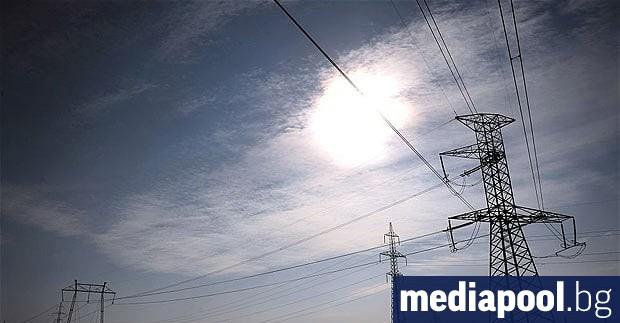 Ежегодното поскъпване на тока от юли отново разбуни споровете между