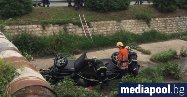 Лека кола е блъснала четирима младежи на възраст между 15