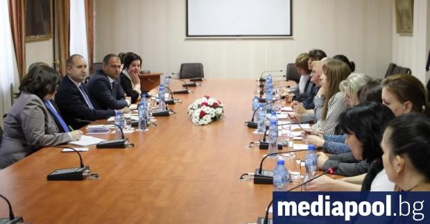 Снимка: Президентът подкрепи медицинските сестри в исканията им за преосмисляне на здравния модел