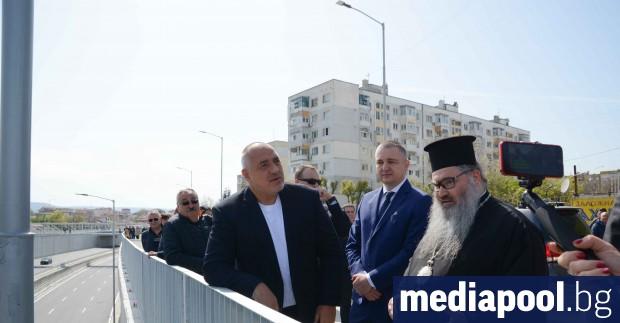 Елипсовидното кръгово кръстовище във Варна провокира интересът на премиера Бойко