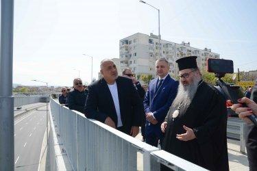 Елипсовидното кръгово кръстовище във Варна провокира интереса на премиера