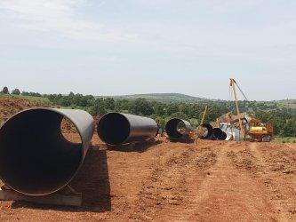 Жалба помрачава първата копка на газовата връзка с Гърция