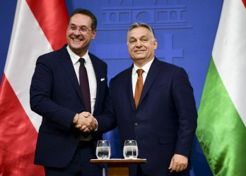 Събитията в Австрия дават надежда на европейските политици от традиционните партии