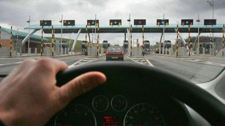 """Транспортният бранш недоволства заради """"кашата"""" около тол системата"""