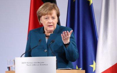 Меркел: Германия трябва да е много бдителна към разрастването на национализма в Европа