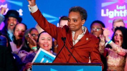 Първата чернокожа жена, кмет на Чикаго, обеща големи реформи