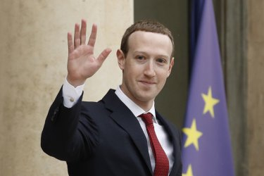 """Зукърбърг е против раздробяване на """"Фейсбук"""""""