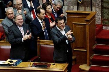 Гръцкият кабинетът спечели вот на доверие в парламента