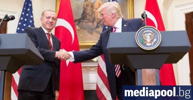 САЩ прекратяват преференциалния търговски режим за Турция, изключвайки я от