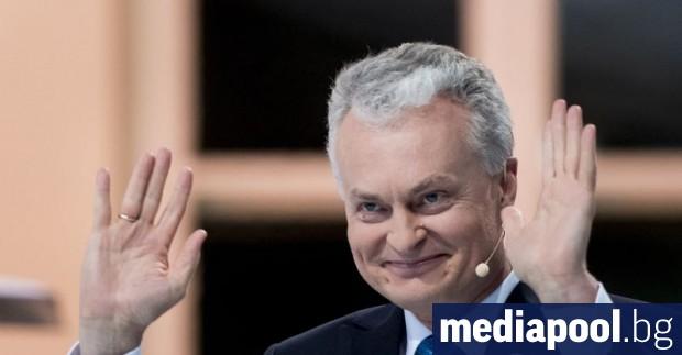 Икономистът Гитанас Науседа спечели президентските избори в Литва, съобщи Асошиейтед