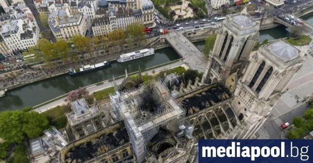 Френският Сенат прие законопроект за възстановяване на парижката катедрала Нотр