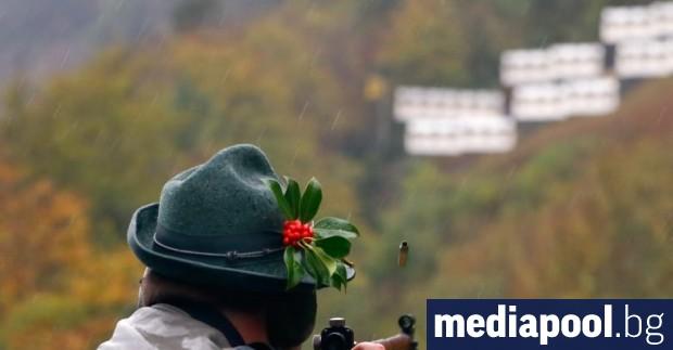 В два референдума, проведени тази неделя, гражданите на Швейцария одобриха