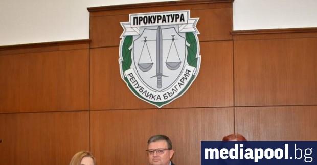 Прокурорът от окръжната прокуратура в Пазарджик Недялка Попова е била