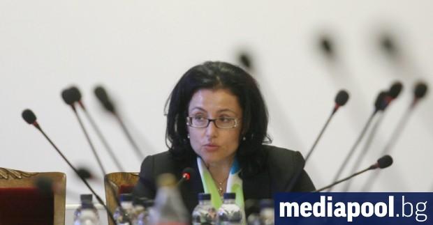 Десислава Танева се връща в решаващ за земеделското министерство момент