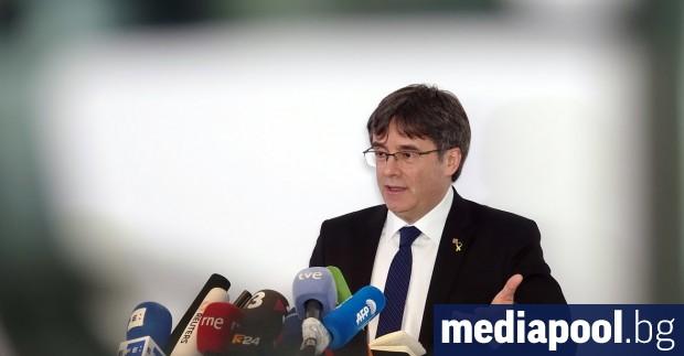 Новоизбраният испански евродепутат Карлес Пучдемон не е бил допуснат в