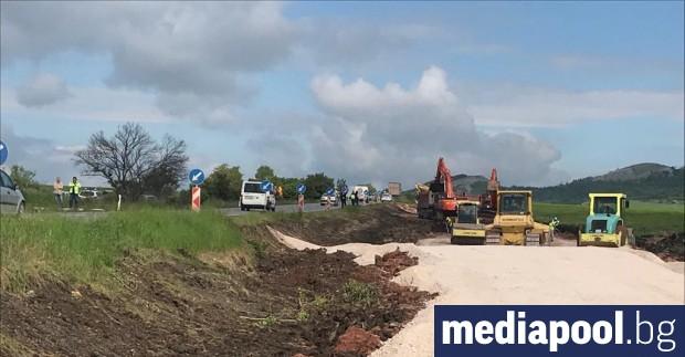 Започна модернизацията на 17 км от първокласния път Драгоман –