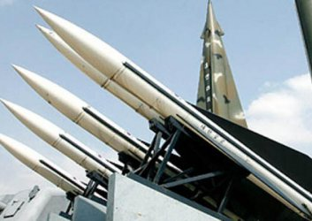 Девет държави притежават ядрени оръжия