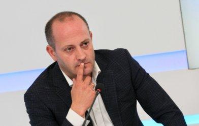 Радан Кънев: Възможно е бизнесменът Ахмед Доган да финансира ГЕРБ