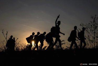 Полицията в Северна Македония задържа 50 мигранти за четири дни