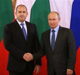 """Радев пред Путин: Русия има място в АЕЦ """"Белене"""", кабинетът да преговаря за по-ниска цена на газа"""