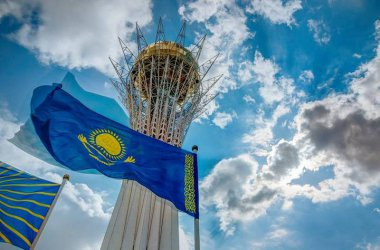 В Казахстан арестуваха протестиращи в изборния ден