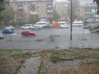 Oчакват се обилни валежи на много места в страната