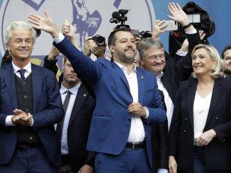 """Групата на Льо Пен и Салвини в Европарламента ще се казва """"Идентичност и демокрация"""""""
