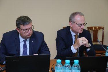 """НПО-та: Не главният прокурор, а съдиите ще се отстраняват с поправките """"Кирилов"""""""