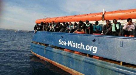 Италия не допуска кораб с мигранти и влезе в спор с Холандия