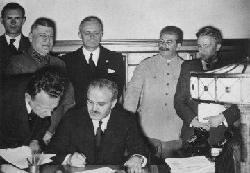 Секретният протокол от пакта Рибентроп-Молотов вече не е тайна