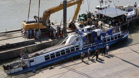 Капитанът на кораба, потопил туристическото корабче