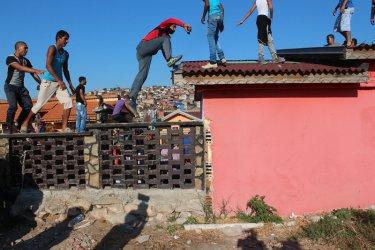 Ромите не гласуват нахалост. На последния вот подкрепят ДПС и ГЕРБ