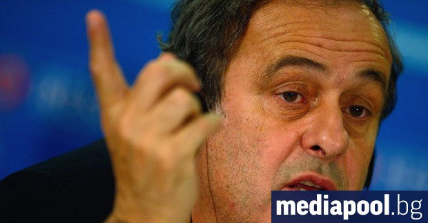 Футболната легенда Мишел Платини е арестуван в Париж по подозрения