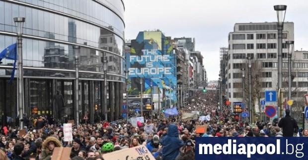 Властите в Белгия откриха всенародно допитване за мерките, които да