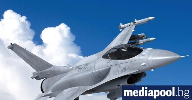 Около 2.2 млрд. лева е цената за осемте изтребителя F-16