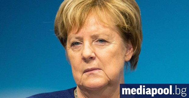 Германският канцлер Ангела Меркел заяви, че западните санкции срещу Русия